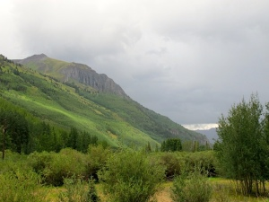 Outside Ouray and the gully washer and hail were on the way!