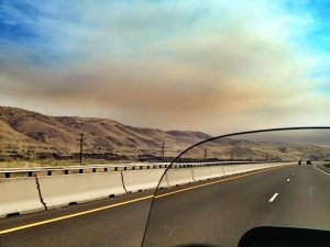 Fire near Goldendale, WA casts smoke on I-84